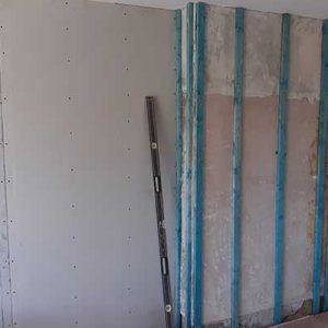 EWI Fitting insulation to inside walls Leeds