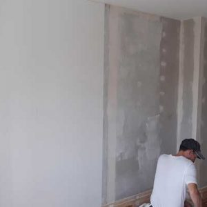 EWI Fitting insulation to inside walls - Wall Rock system Leeds